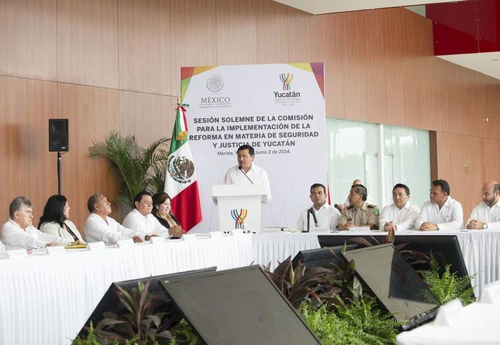 El secretario de Gobernación, Miguel Angel Osorio Chong, destacó el bajo índice delictivo en Yucatán. (Notimex)