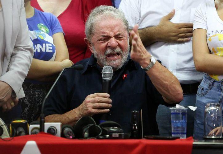 Dilma Rousseff le tomó la protesta a Luiz Inácio Lula da Silva, como ministro de la Presidencia del Gobierno, esta mañana. (EFE/Archivo)