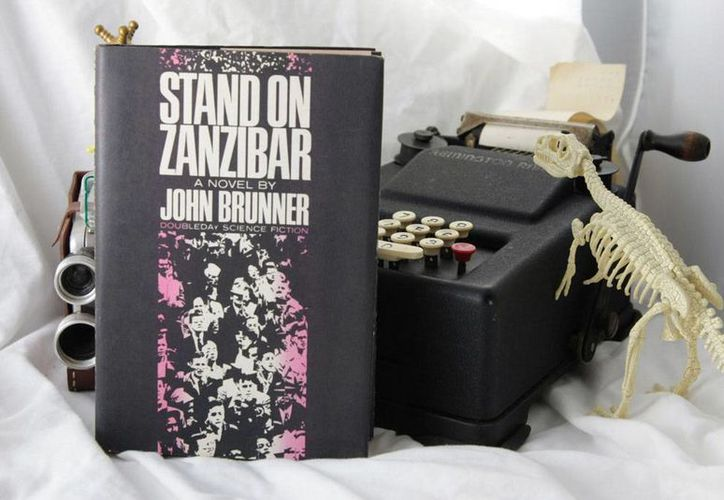 El tema general de 'Stand on Zanzibar' es la obsesión por la perfectibilidad humana. (hudsonvintagepulpandrocketworks.com)