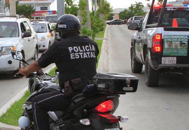 El grupo de 10 motociclistas forma parte de las medidas para reforzar la seguridad en el sur del Estado. (Ángel Castilla/SIPSE)