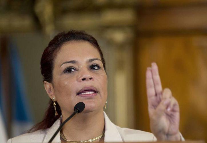 Varios funcionarios presidenciales de Guatelama renunciaron debido a escándalos de corrupción. En la foto la exvicepresidenta Roxana Baldetti, quien ya está presa. (Foto: AP)