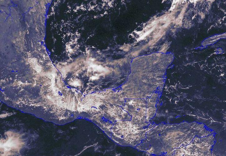 Quintana Roo ha tenido un mes de agosto 'seco', en comparación con el año pasado, debido sobre todo a que muchos de los fenómenos tropicales pasaron 'lejos'. La imagen de satélite está utilizada sólo con fines ilustrativos. (Conagua)