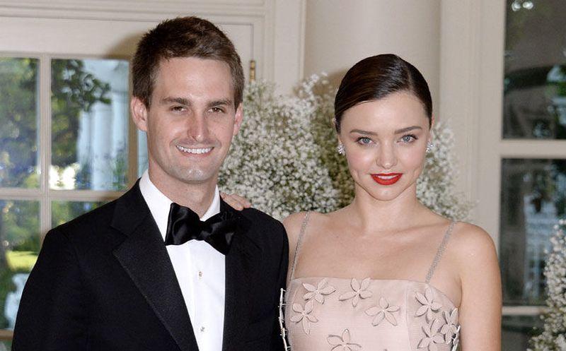 Miranda Kerr y cofundador de Snapchat esperan su primer hijo juntos
