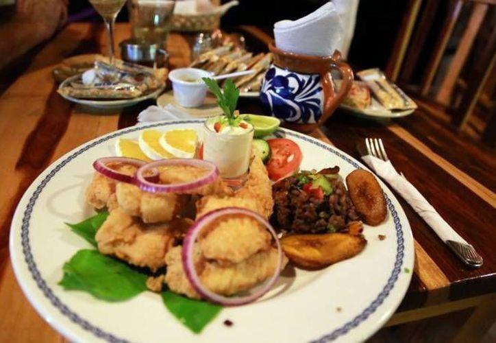 Los asistentes podrán disfrutar de la muestra gastronómica y artesanal. (Redacción/SIPSE)