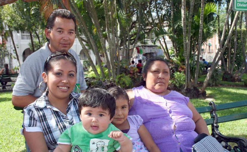 Invitan a seguir el modelo de vida familiar basado en el amor y la fe. (Milenio Novedades)
