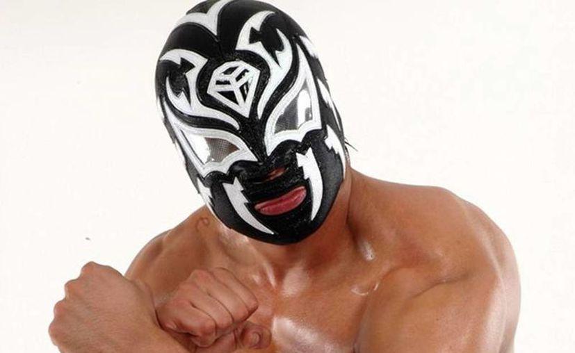 La Sombra dejará el Consejo Mundial de Lucha Libre para probar suerte en territorio estadunidense con la World Wrestling Entertainment. (Foto: CMLL)