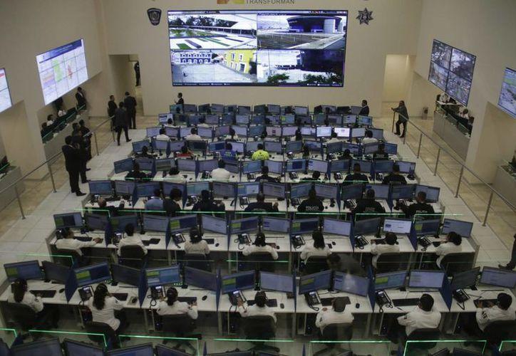 Imagen del Complejo Metropolitano de Seguridad Pública de Puebla. Hoy, las policías tienen mejores y mayores herramientas tecnológicas para combatir a la delincuencia. (Archivo/Notimex)