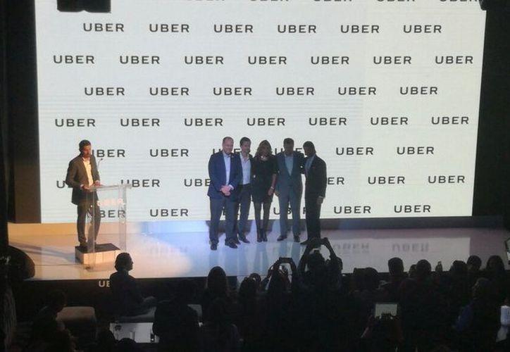 Uber iniciará operaciones en por lo menos 10 ciudades más y abrirá 10 centros de soporte. (Redacción/ SIPSE)
