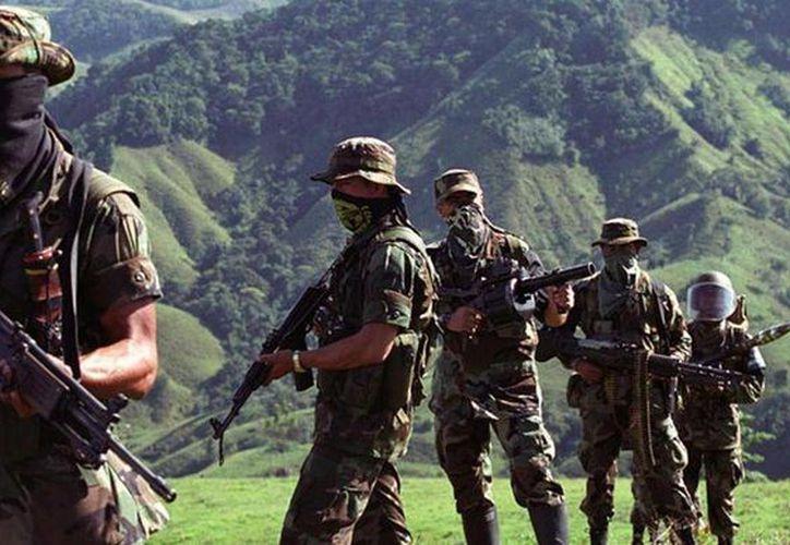 El cruento fantasma del paramilitarismo ha aflorado este fin de semana en Colombia. (Archivo/Agencias)