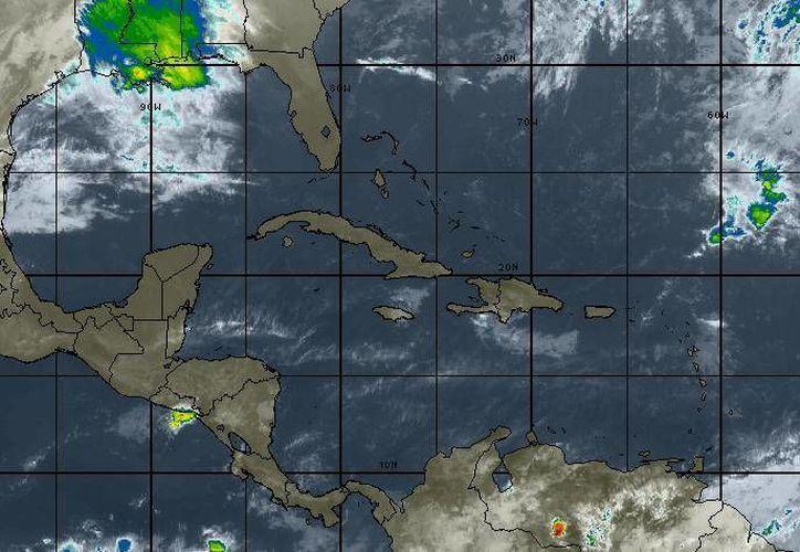 Se pronostica, para la Península de Yucatán, cielo de despejado a medio nublado. (Intellicast)
