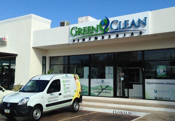 El concepto de Green Clean es el más moderno en tintorerías amigables con el medio ambiente, puesto que trabajan a partir del uso exclusivo del solvente. (Foto: Facebook)