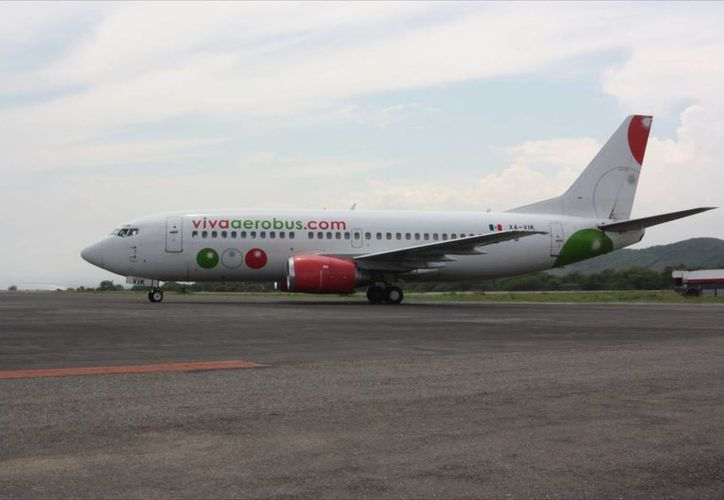 La Profeco suspendió a la aerolínea por cobrar de más en los vuelos directos de México a Cancún, Guadalajara y Monterrey. (Internet)