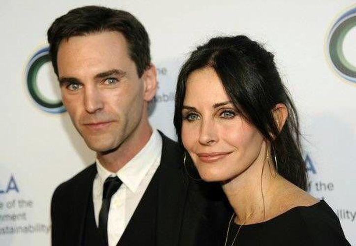 Courteney Cox y Johnny McDaid son pareja desde hace un año.(The Associated Press)
