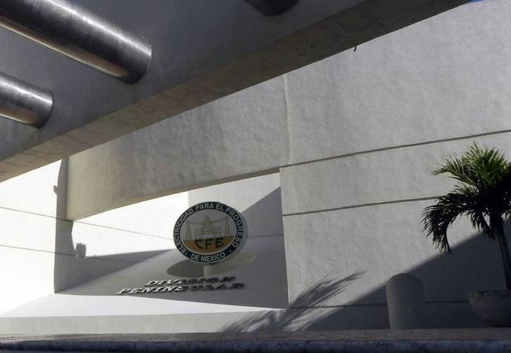 A la mitad de los Ayuntamientos yucatecos les podrían cortar la electricidad debido a que mantienen adeudos con la CFE. (SIPSE)