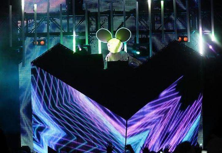 Los DJ's nacionales demostraron el talento mexicano en el 'sampler'. (Agencias/Contexto)