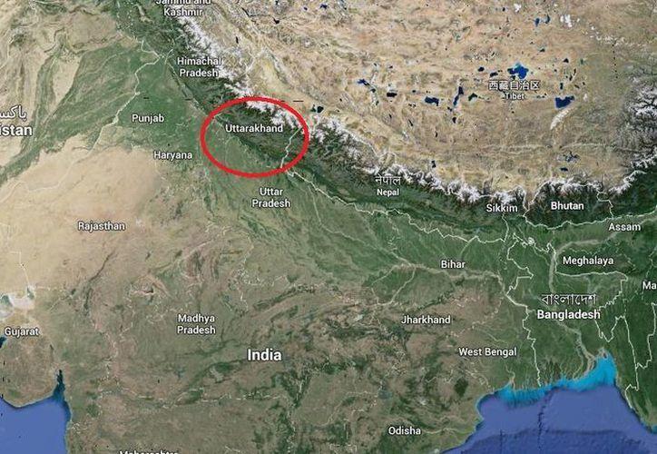 El accidente ocurrió en el distrito de Chamoli, en el estado indio de Uttarakhand fronterizo con China. (Google Maps)