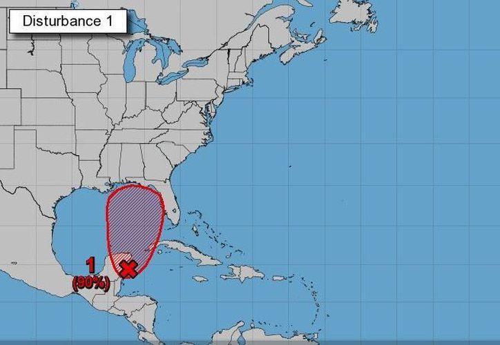El fenómeno hidrometeorológico se encuentra a 90 kilómetros al sur de Cozumel. (Internet)
