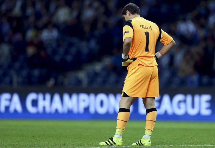Iker Casillas se convertiría este martes en el portero con más partidos jugados en Europa. (EFE)