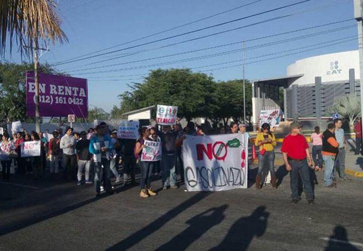 En la Ciudad de México, Colima, Veracruz, Morelos y Chiapas, se han registrado movilizaciones en contra del aumento de la gasolina. (Excelsior)