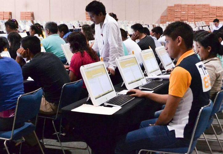 Una maestra reprochó que había presentado la Evaluación Docente pero en el sistema electrónico de la SEP indicaba que no había hecho la prueba. (Foto de contexto de Notimex)
