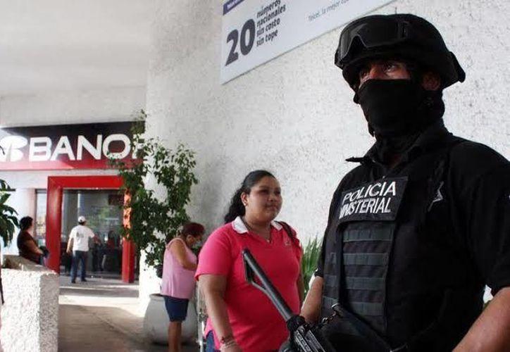 Cuidaran a compradores en el Buen Fin.(Foto: Novedades Yucatán)