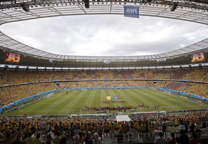 Los sudamericanos detenidos con credenciales falsas estaban en las inmediaciones del estadio Maracaná. (EFE)