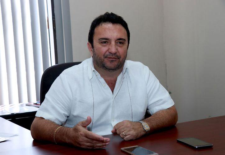 Fernando Muñoz Carrillo es dirigente de la Canaive, delegación Yucatán. (Novedades Yucatán)