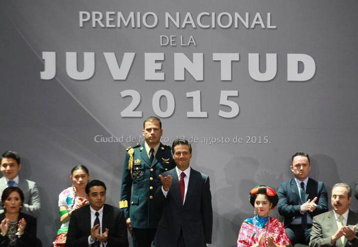 El presidente, Enrique Peña Nieto, destacó a la Reforma educativa como una herramienta para que los jóvenes tengan un futuro de realización plena. (Notimex)