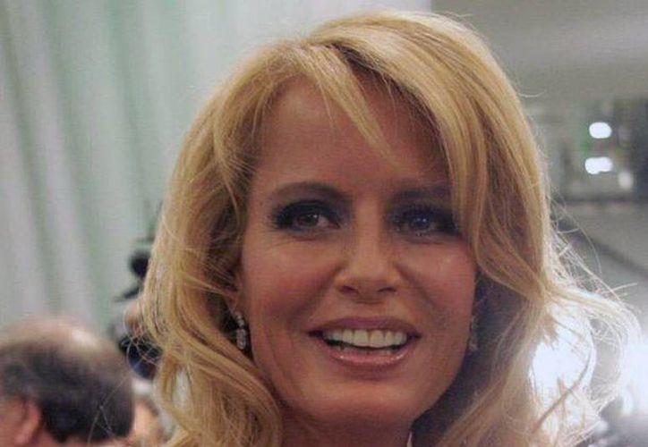 La vida de Laura Bolocco ha estado marcada por la búsqueda del poder, según la periodista Laura Landaeta, que escribió un libro sobre la exMiss Universo chilena. (EFE)