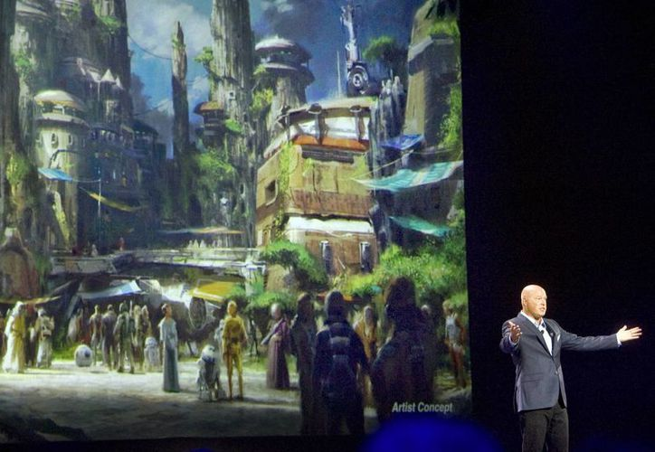 El pasado miércoles se presentó las diferentes atracciones de 'Star Wars' que tendrá el parque de Anaheim y el Orlando.(Mindy Schauer/AP)