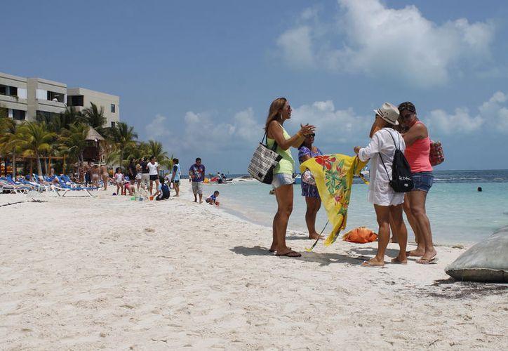 Promocionan el destino de playas en ferias internacionales. (Israel Leal/SIPSE)