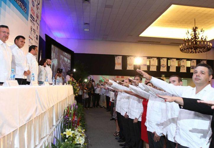 La toma de protesta de la nueva directiva de Coparmex Mérida. (SIPSE)
