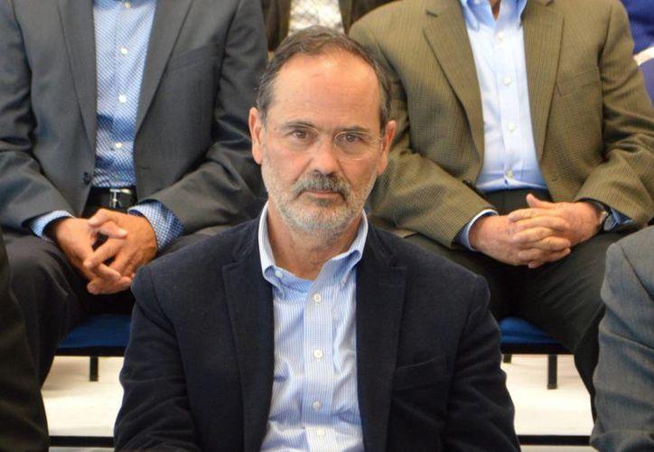 La propuesta de Gustavo Madero sobre la integración de la comisión organizadora para elección interna del PAN fue aprobada. En la foto, Madero durante una gira en León. (Notimex)