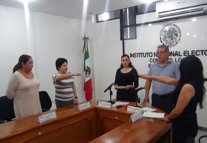 Karen Amézquita Pavía y Rubí Pacheco Pérez ocupaban cargos dentro de las sedes distritales en Campeche y Veracruz.