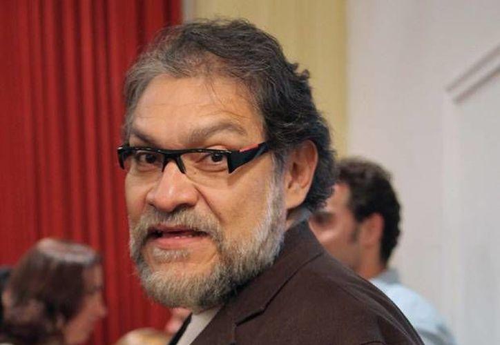 Además de trabajar en Tirano Banderas el actor Joaquín Cosío retomará la obra Los ingrávidos y se unirá al elenco del filme La delgada línea amarilla. (quien.com)