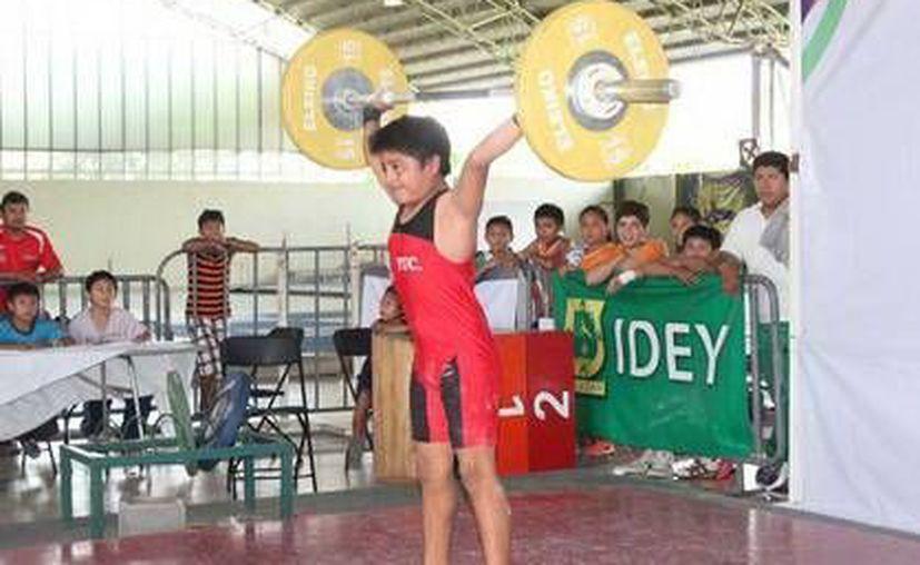 Dentro de Umán destaca la labor deportiva en la comisaría de Dzibikak, en la categoría infantil. (Milenio Novedades)