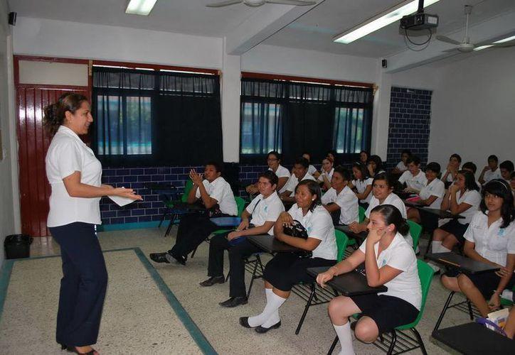 El programa se realizará en el Domo Deportivo del Colegio de Bachilleres II. (Redacción/SIPSE)