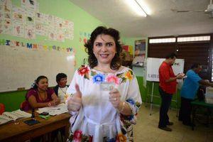 Así votaron personajes de Yucatán