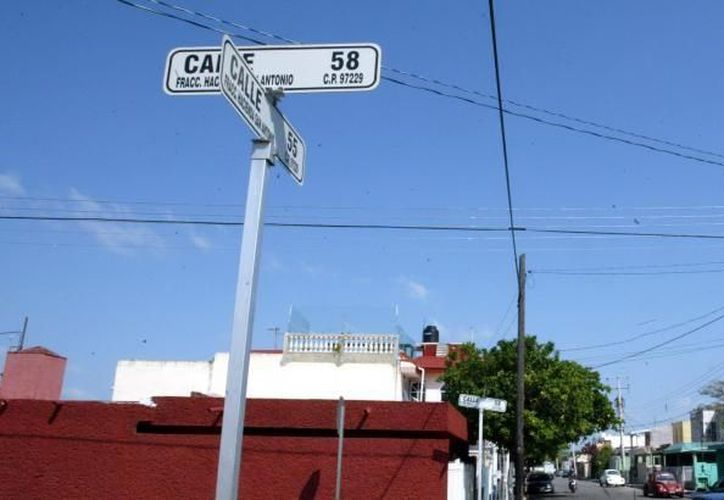 La falta de nomenclatura se presenta principalmente en el sur de Mérida. (Archivo/SIPSE)