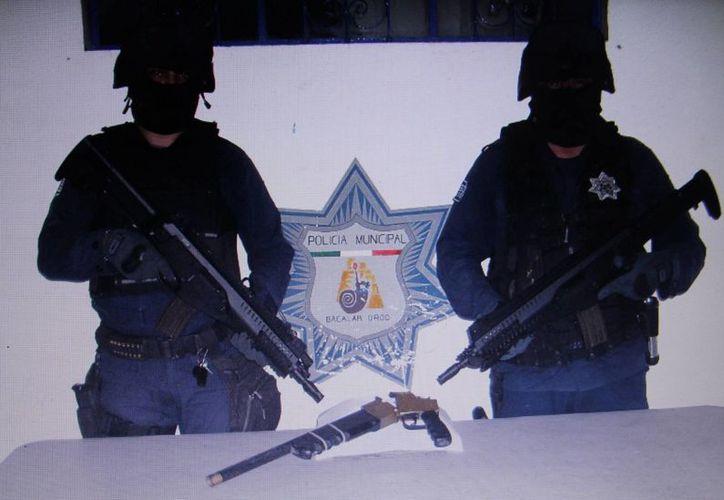 """Pese a decomisar la escopeta, elementos de seguridad no lograron capturar a """"El Erick"""". (Redacción/SIPSE)"""