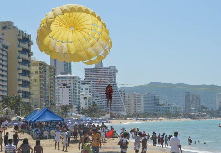 Acapulco será la sede del Tianguis Turístico de 2017, pero ante la ola de violencia que vive el puerto los participantes en la exposición ya analizan retirarse. (Archivo/Notimex)