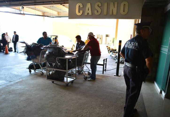 El operativo del jueves en casinos de Mérida se realizó bajo fuerte vigilancia. (SIPSE)