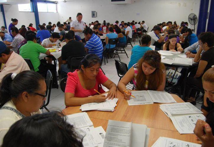El Cobach imparte pláticas a los jóvenes para evitar estos problemas. (Archivo/SIPSE)