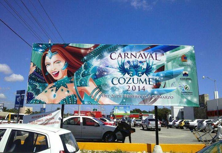 Anuncian el Carnaval de Cozumel en Playa del Carmen. (Cortesía/SIPSE)