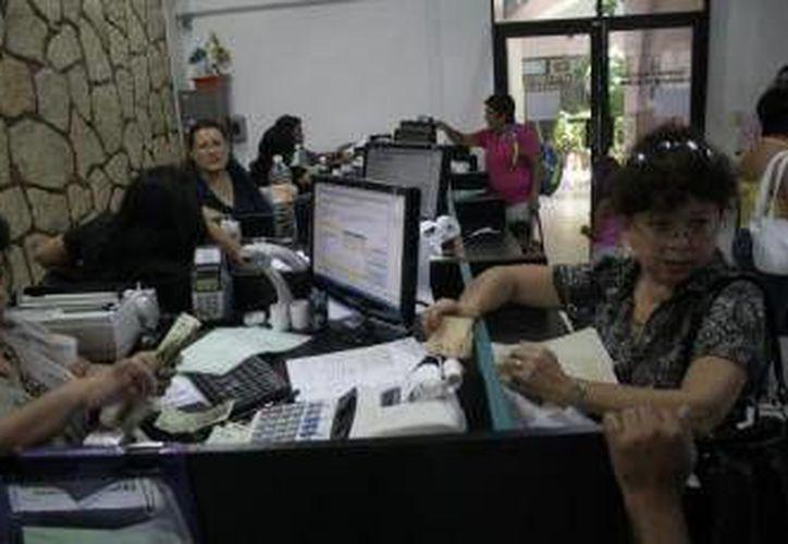 """Según expertos, la deuda de Quintana Roo representa el 7.7% de su PIB, lo que es considerado """"no sano"""".  (Archivo/SIPSE)"""