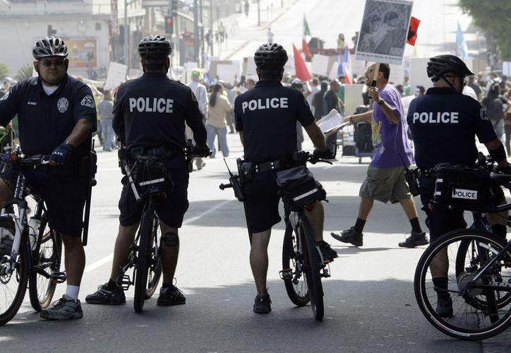 Algunos de los policías amenazaron a familiares de presuntos narcotraficantes. (Nola)