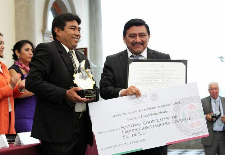 La Sociedad Cooperativa de Producción Pesquera Cozumel fue premiada por su labor social. (Cortesía)