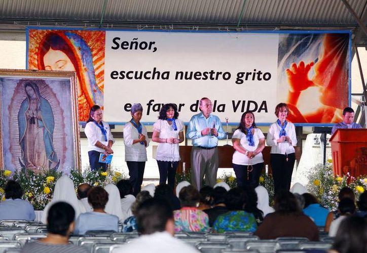 En el evento Vidafest, realizado en el Instituto Patria, se pidió fortaleza a Dios y a la Santísima Virgen. (Milenio Novedades)