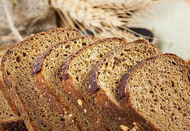 El pan es un alimento básico de la dieta. (Contexto/Internet).