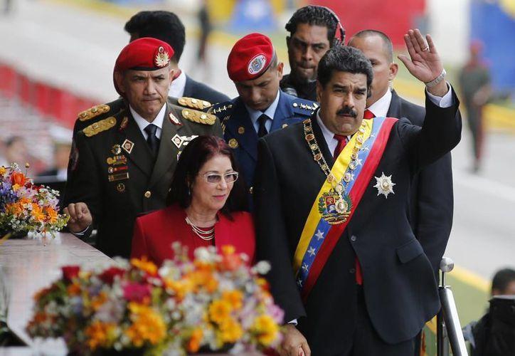 Nicolás Maduro reiteró, una vez más, que existen varios frentes que intentan desestabilizar a su gobierno. (AP)